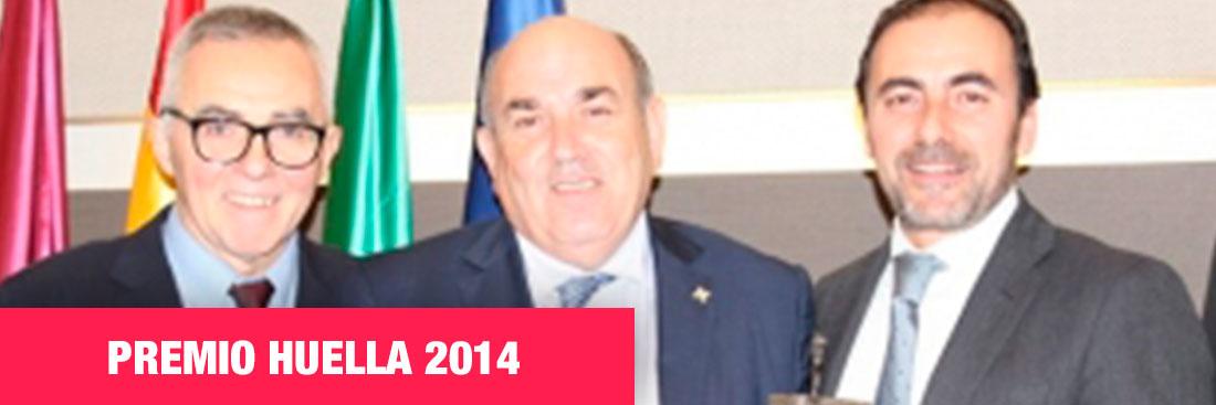 premio-huella-2014-federico-beltran-al-frente-de-famadesa