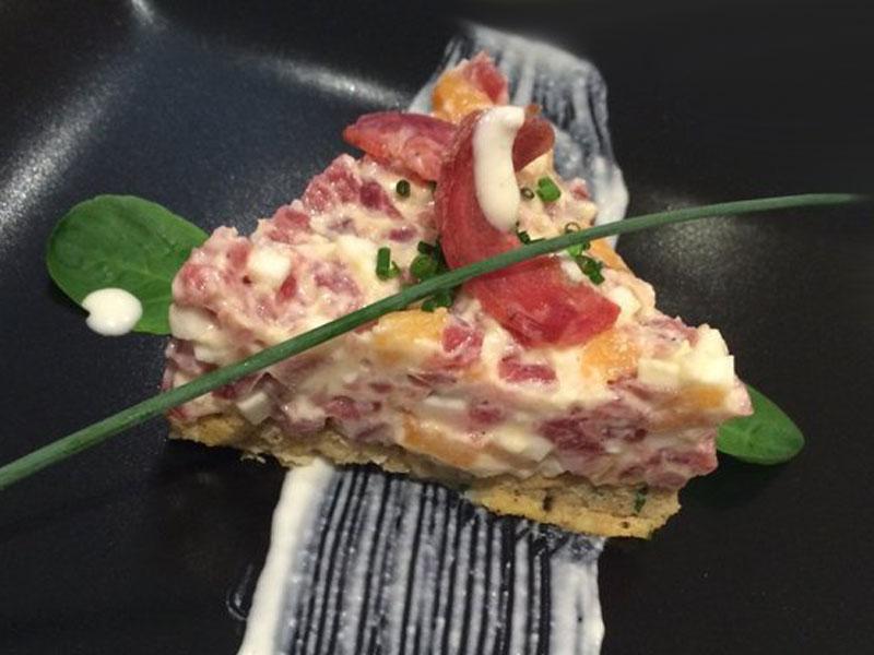 Tapa Tartar de Salchichón de Málaga