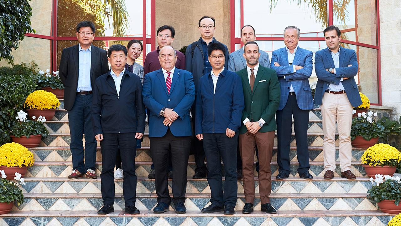 visita-delegacion-ministerio-chino-de-agricultura-Famadesa-malaga